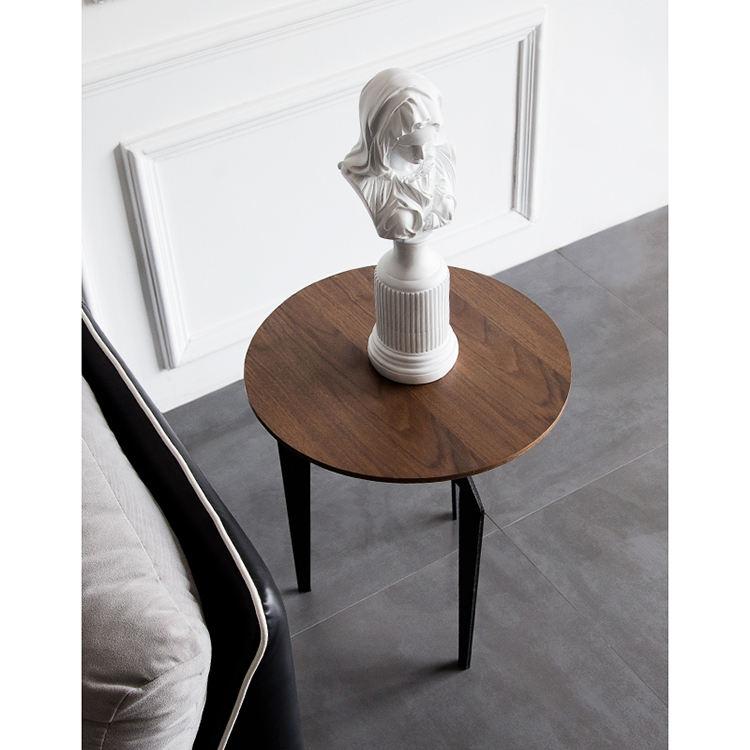 Casa sala de estar mobiliário simples 3 pernas de metal rodada top decorador de <span class=keywords><strong>madeira</strong></span> conjunto de mesa lateral aninhado