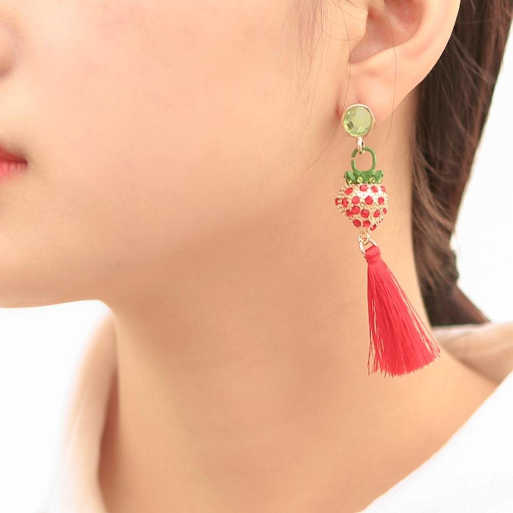 Bohemian Strawberry Dangle Tassel Earrings For Women Rhinestones Fruit Silk Thread Tassels Drop Earrings Jewelry