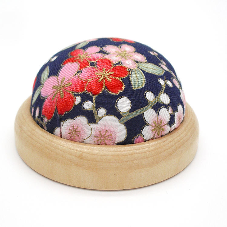 Free shipping Needle Wooden base Pin Cushion handmade DIY Handcraft Tool for sewing needlework KJ85
