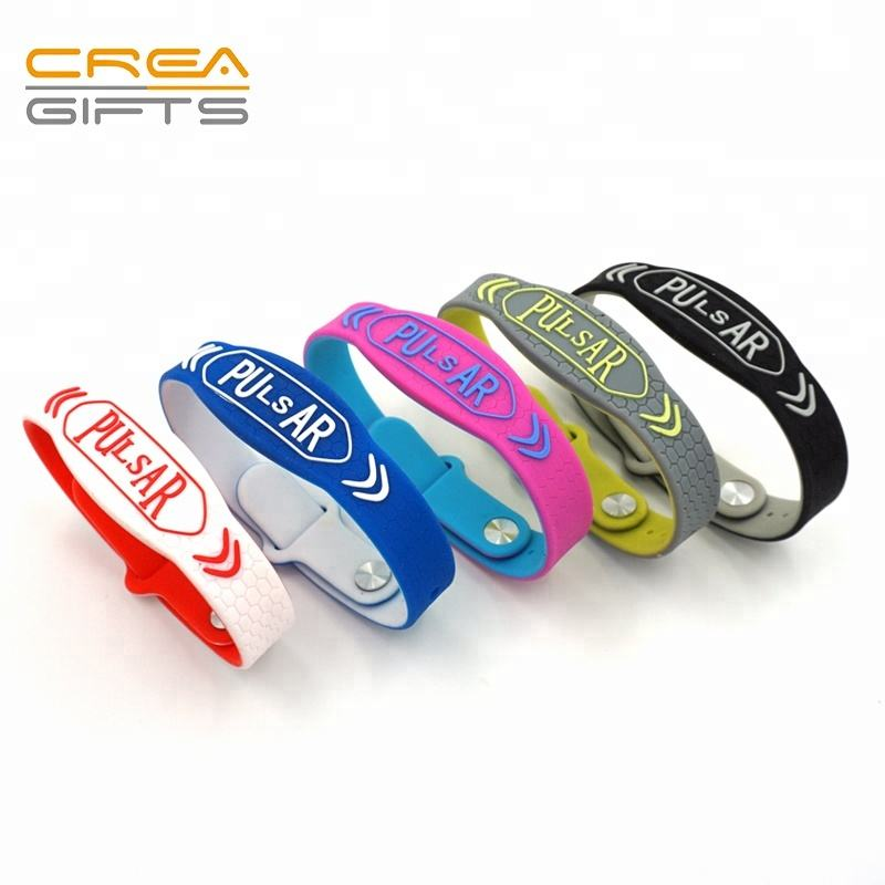 Custom Cheap Promotional Adjustable Colored Silicone Bracelet Maker Online Wrist Band No Minimum