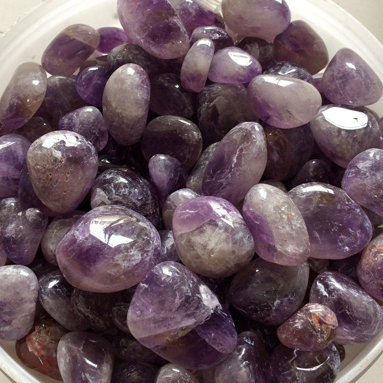 Wholesale Natural Quartz Amethyst Crystal Tumbled Stones for sale
