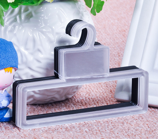 Wholesale Transparent Shawl Hanger Tie Towel Plastic Rack Scarf Hanger For Store