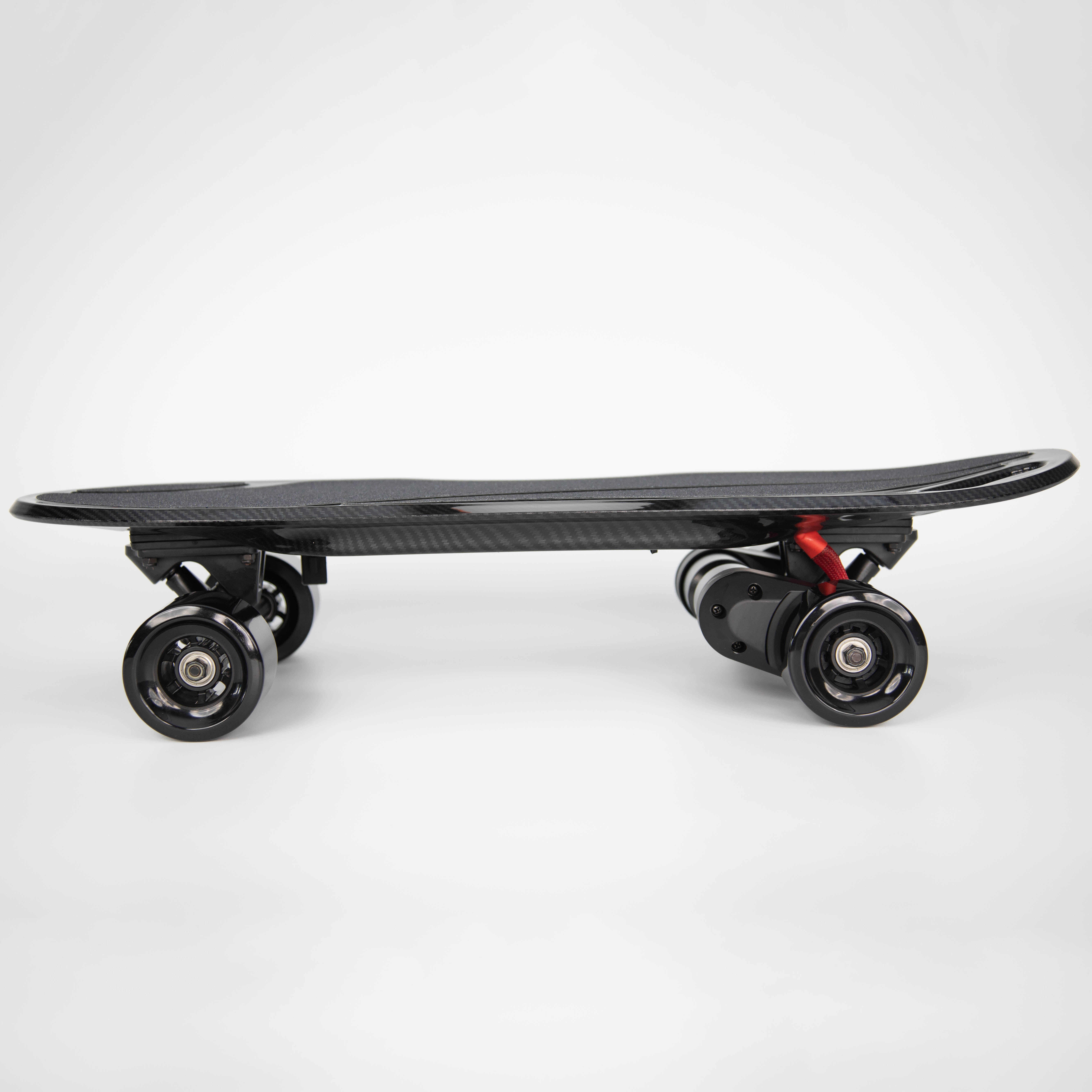 iFasun hangzhou factory aero plastic alloy deck wireless remote electric skateboard with dual belt motor