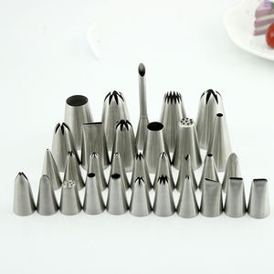 Factory Wholesale 304 Stainless Steel Russian Piping Tips in Cake Tools Pastry Nozzles