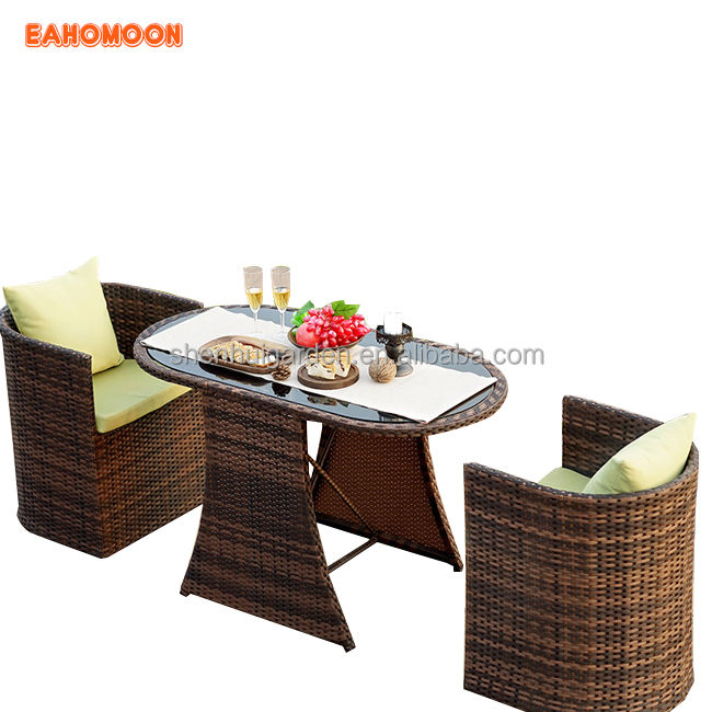 2018 Hot New Wicker Outdoor Furniture Set Dining Chairs and Round Tables Garden Patio Setting
