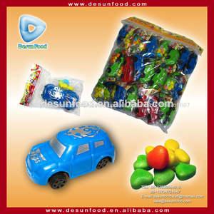 jeep doces no brinquedo pequeno
