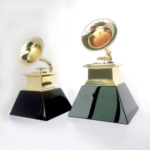 Custom design grammy metal medal award trophy
