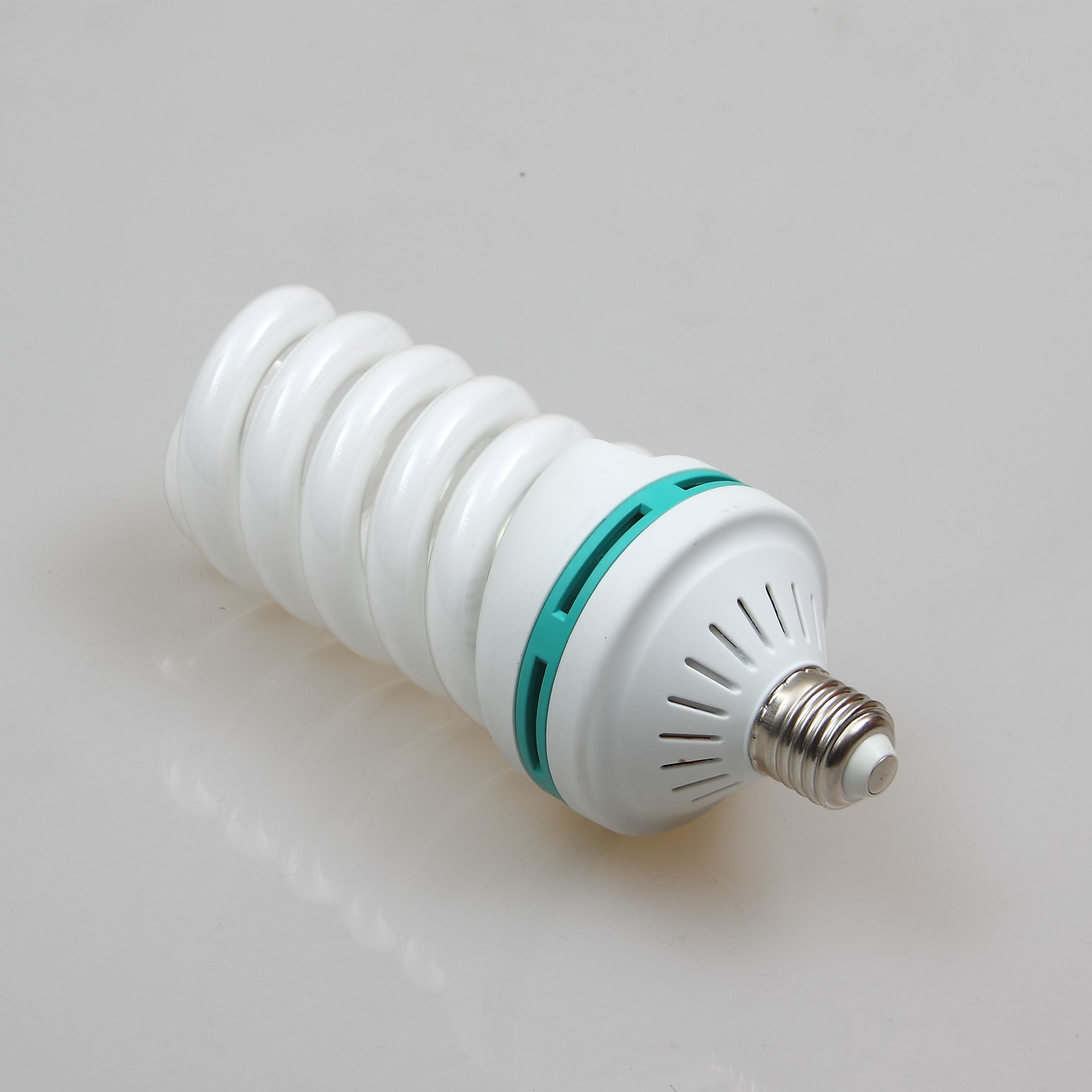 hot sale CFL Energy Saving bulb full spiral cfl 26W E27