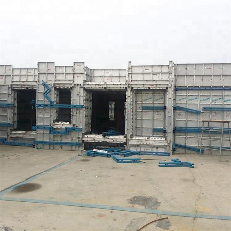 concrete casting forms column frame formwork pillars