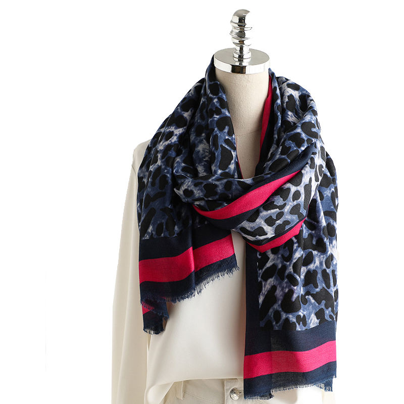 Hot Sale Fashion Girl Red Leopard Scarf Shawl Long Oversized Wholesale Leopard Print Scarf For Women