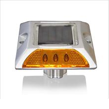 10 Years Factory Free Sample High Quality Solar Road Stud Flashing Light