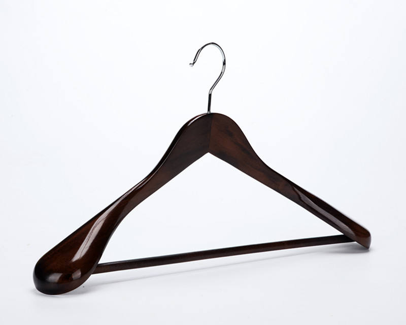 Inspring Extra Wide Wood Coat Hanger Extra Large Rounded Shoulders with Rib Bar Suit Hanger Polished Chrome Hook, Natural Finish