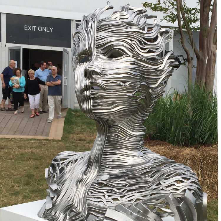Customized metal garden sculptures