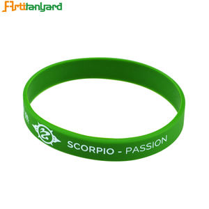 Sport Bangle Bracelet 2019 Cheap Custom Thin Debossed Silicone Bracelet Women