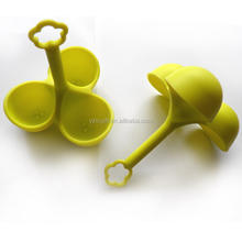 High quality best selling 3 cups Silicone egg-boiler with colorful/silicone egg poacher/egg cooker