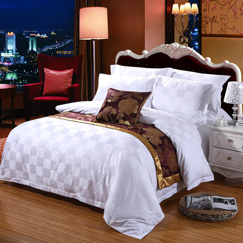 Luxury 100% cotton Comforter Embroidery Hotel Bedding Sets