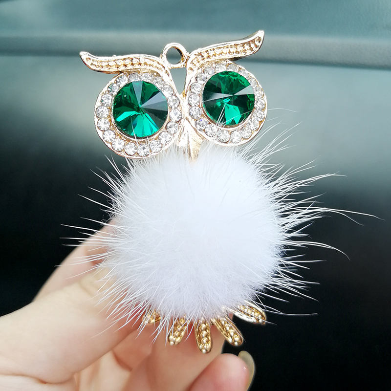 2019 New cute plush owl car vent perfume clip, Diamond-encrusted Auto perfumes clip , car decorations.