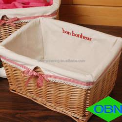 Wholesale wicker basket cheap lined flat wicker basket