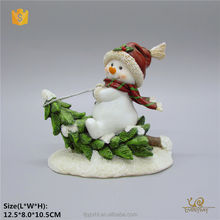China Suppliers Holiday Custom Christmas Gift Decorative wholesale resin statues Product