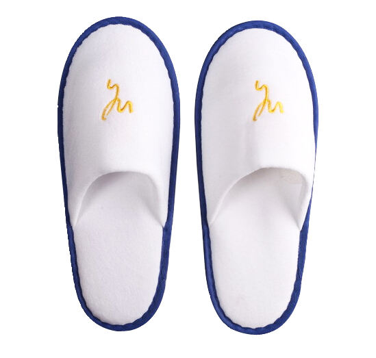 Top quality custom disposable soft hotel guest bride velvet slippers set