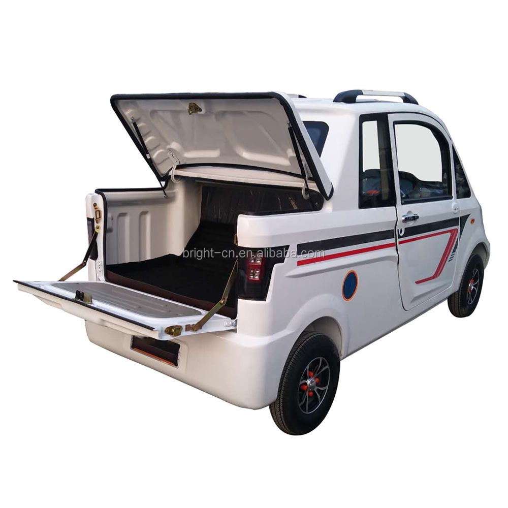 2021 Cheap New Product Fully Closed Double Doors Adult Electric Car