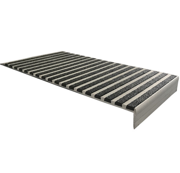 Wide Antislip Materials Step Stair Nosing for Concrete