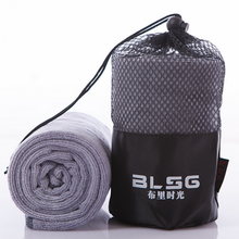 Custom logo Top quality and super absorbent microfiber gym/yoga/sport towels with mesh bag