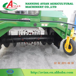Advanced Technology Self Propelled Cow Manure Compost Turner / Automatic Compost Turning Machine / Windrow Turner