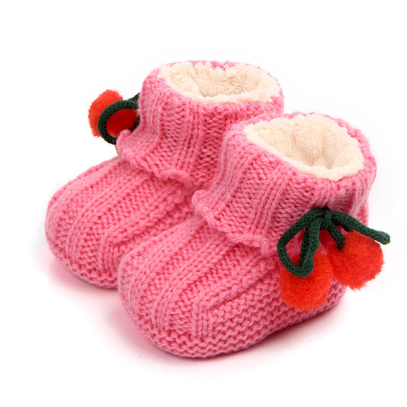 High quality warming cotton winner crochet baby shoes baby boots