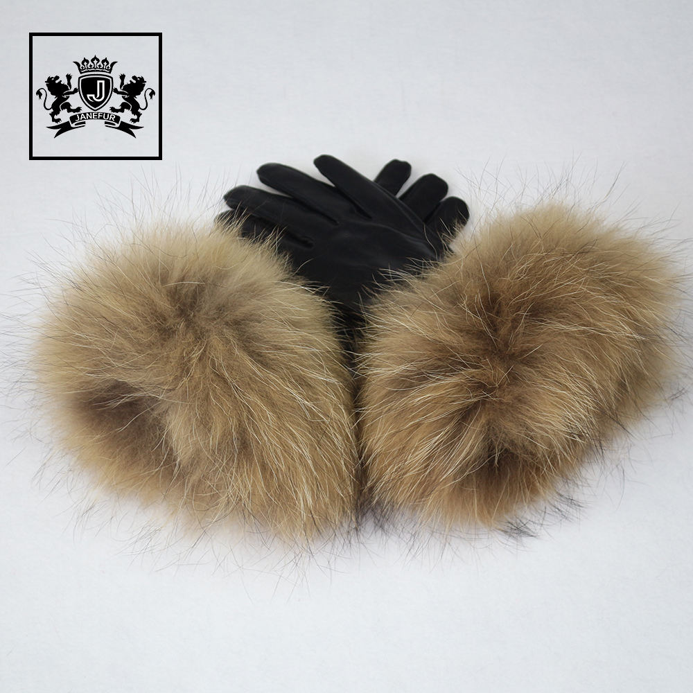 wholesale fashion winter leather gloves with raccoon fur