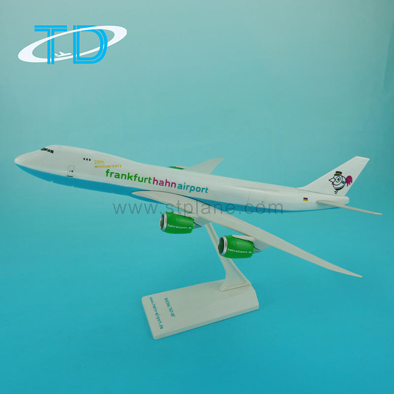 Hahn Luchthaven B747-8F 1:200 Plastic Fly Speelgoed Model Vliegtuig