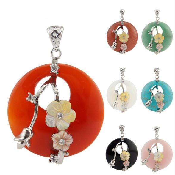 FPG020 Huilin jewelry Plum Blossom Gem Stone Pendant Jewelry For Women Silver Plated Chakra Amulet plum stone Charm