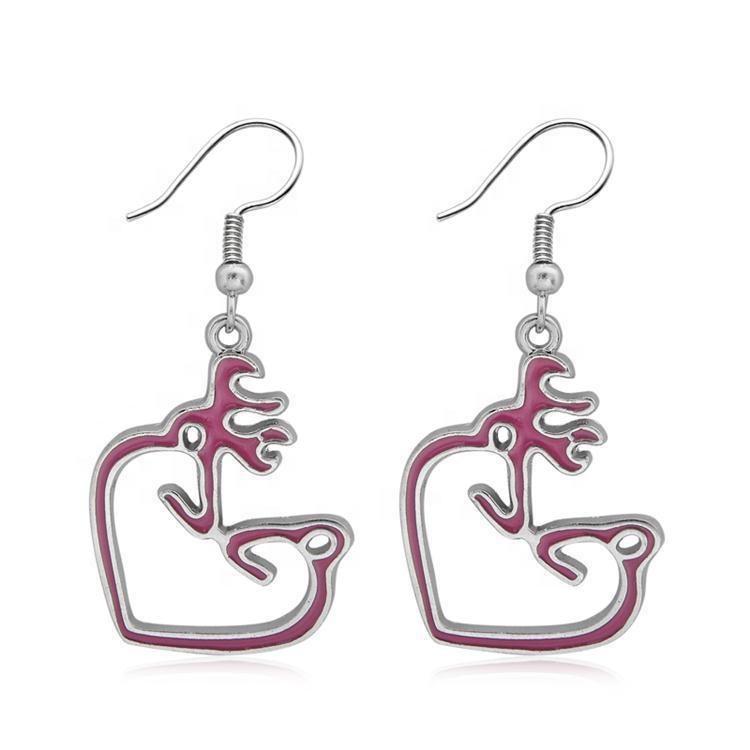 Nouveau 1 Paires Browning Deer Boucles D/'oreilles Femmes Bijoux Dangle Coeur Boucles d/'oreilles rose @ 8Y