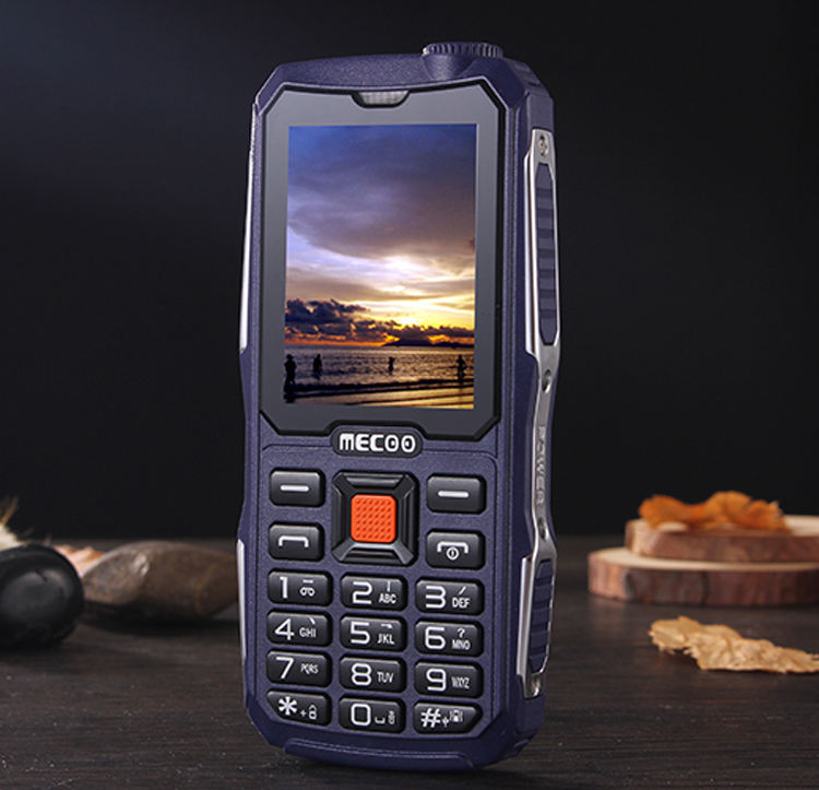 2.4 inch K999 cell phone with 8800mah long power 4 Sim Card Phone With Electric Torch low price china mobile phone