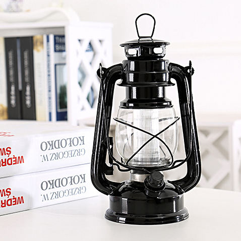 2020 Hot Sale Vintage Decorative Hurricane Metal Glass oil lamp Dimmable Antique Classic Kerosene Lamp for Party Festival