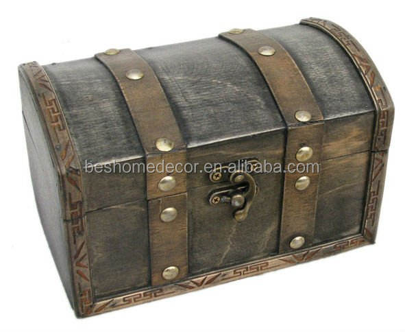 Vintage small wooden box Lockable Wooden PIRATE TREASURE Chest Jewelry Storage Box PRETTY