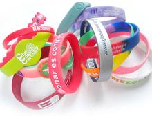 Cheap gift items new silicone bracelet wrist bands/custom silicone wristband