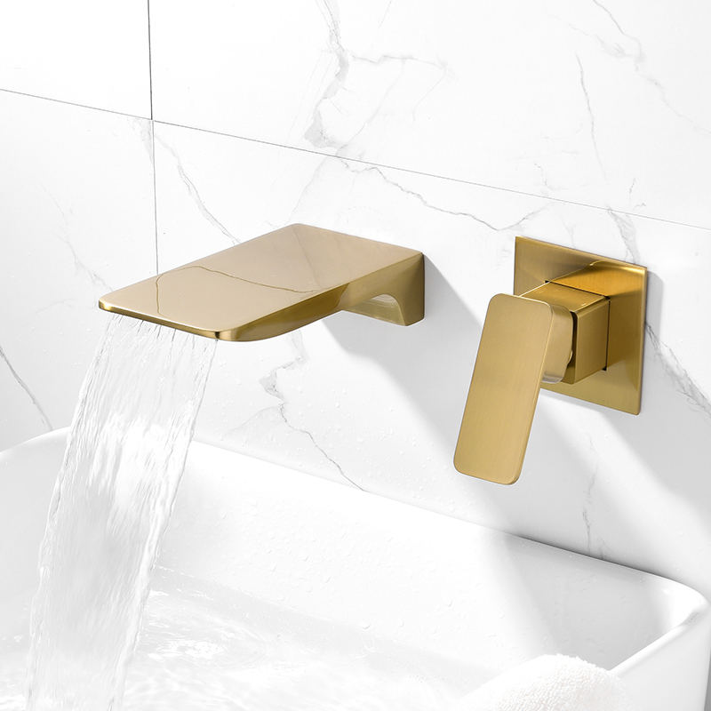 BrushedゴールドBathtub Shower Faucet Brass Material Waterfall Bathtub Tap Mixer Set