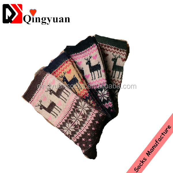 Winter Christmas Lovely Elk Jacquard Ethnic Style Crew Socks