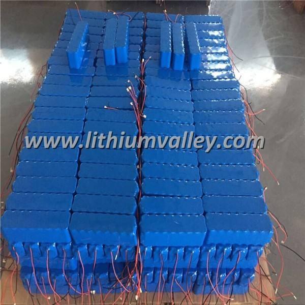 <span class=keywords><strong>Kit</strong></span> de luz solar con batería de 18650 li-ion de litio recargable batería solar llevó la luz