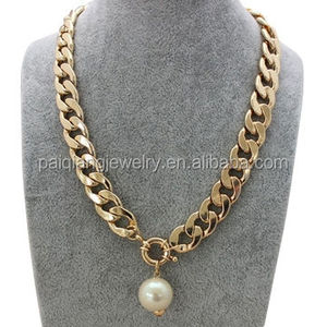 Top design fashionable gold thick chains with a big single pearl pendant necklace