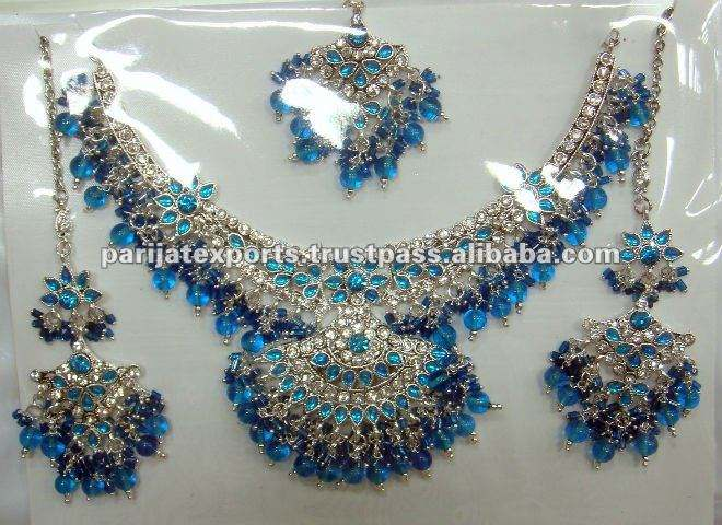Bollywood Collier ensemble
