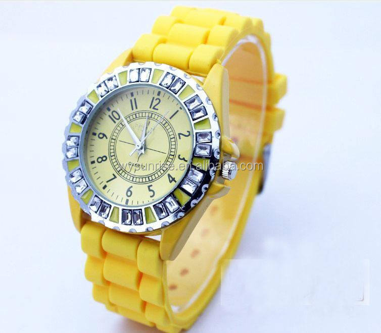 Promotional hollow band Omax watch silicone lady watch ladies