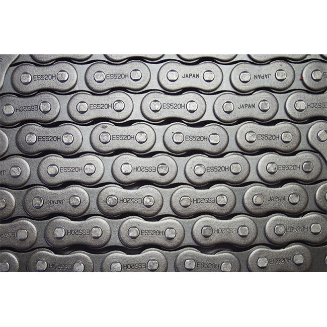 IZUMI supply professional heavy duty motor cycle accessories motorcycle chains with high resistance