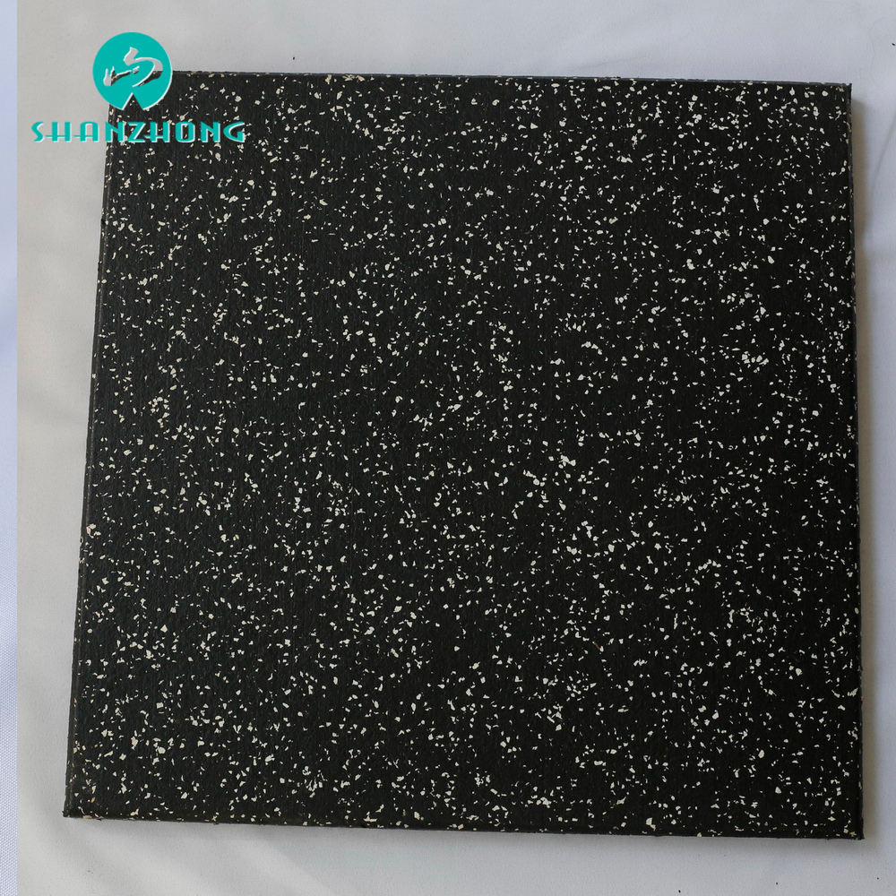 Outdoor sidewalk Hardness resistant extrusion recycled rubber mat