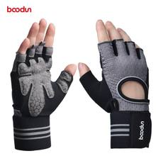Wholesale New Summer fitness gloves men and women fitness sunscreen breathable outdoor sports riding half finger gloves