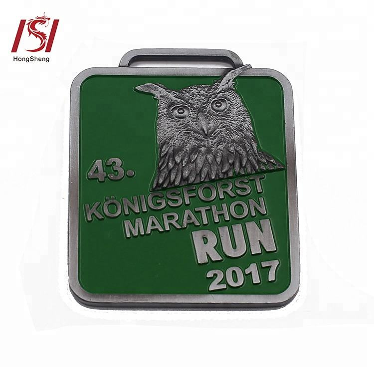 2019 custom cheap engraved sports marathon finisher run medals awards and ribbons
