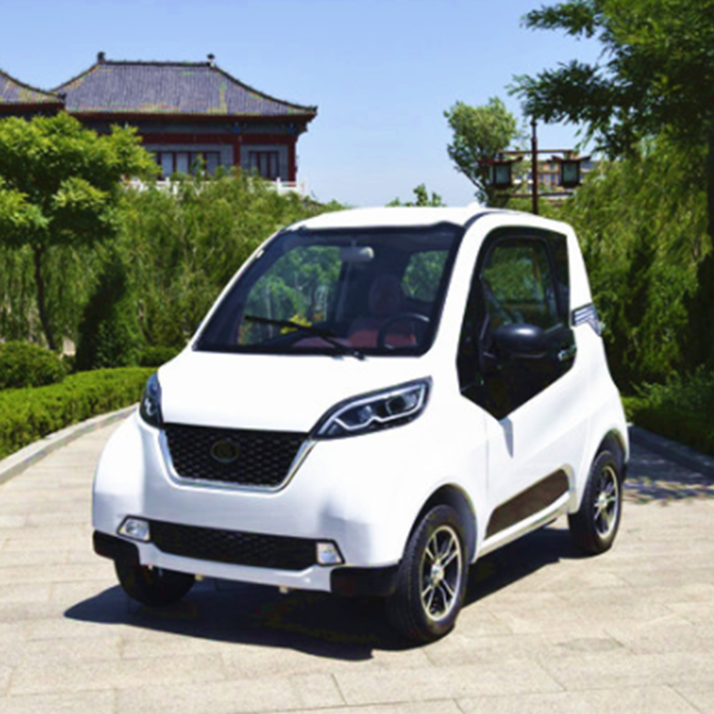 Electric four-wheeled vehicle fully enclosed scooter sightseeing car disabled mini