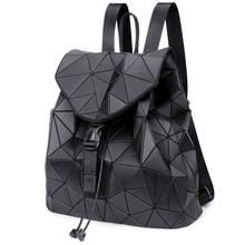 Custom logo Stylish 3D sci-fi school bag pu leather hologram sequin holographic backpack