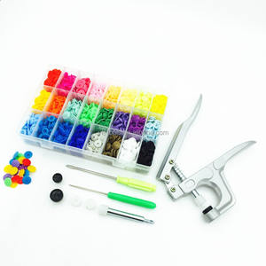 1 Set di Button Fastener Snap Pinza e 1 box di 360 Set T5 Snap Bottoni in Resina plastica pressa a mano pinze